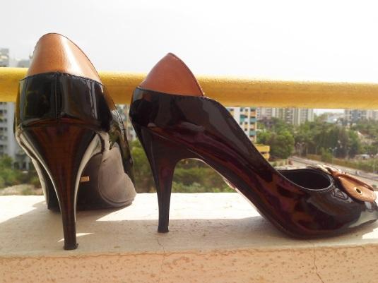 Catwalk 3.5 inch heels - shiny black & nude